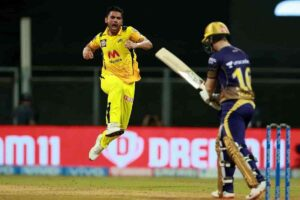 Deepak Chahar Moves Up The List In The Race For Purple Cap